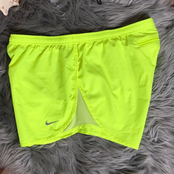 Nike Pants - 💥5/$25💥Nike DriFit Shorts